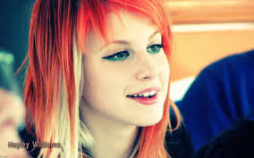 Hayley and Paramore Windows 7 Themepack Free Download